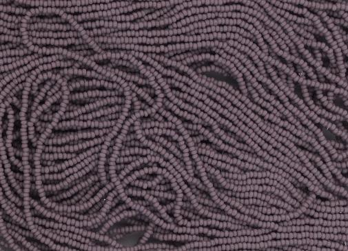 Czech 13/0 charlotte seed bead hank 23020/purple